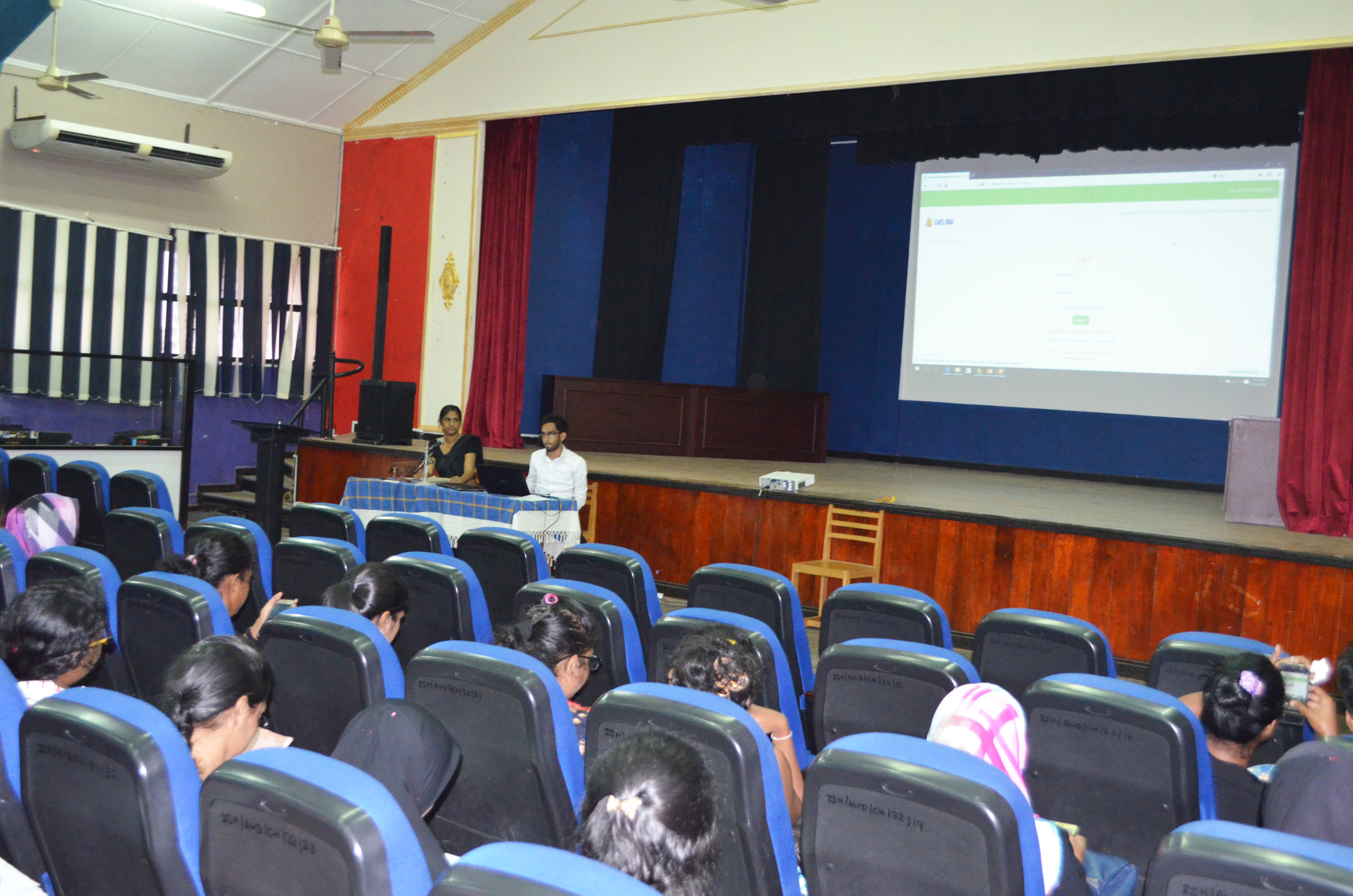 LMS Workshop for Students Level III BAMS   (2014/2015) of the IIM